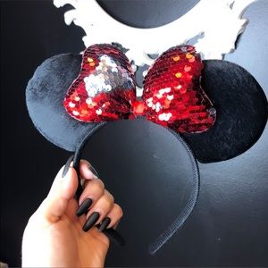 Cute Minnie mouse ears two toned sequins ! Red !